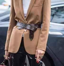 秋冬腰带怎么搭配好看 秋冬时髦显瘦小物就是它了