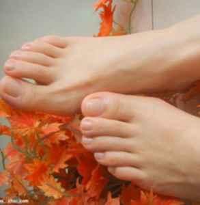 用脚膜脱皮好吗 用脚膜之前你需要知道这些