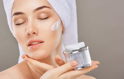混合偏干性皮肤的特征 混合偏干性皮肤用什么改善皮肤