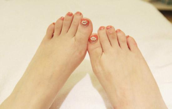 脚膜可以当手膜用吗 脚膜怎么使用