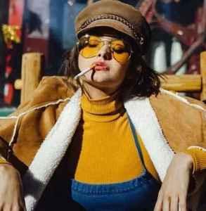 烟管领衣服怎么搭配 今年秋冬超火的烟管领谁都爱不释手