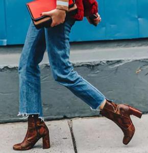 女生冬天穿什么靴子好看 這幾雙靴子穿上管你整個秋冬的美