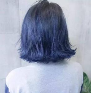 蓝黑色是什么颜色 非常低调的颜色