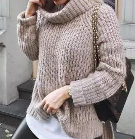 毛衣里面穿什么衣服好看 毛衣里面这样搭时髦炸了
