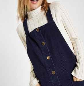 針織衫怎么搭配連衣裙 美麗優雅時尚一個不落