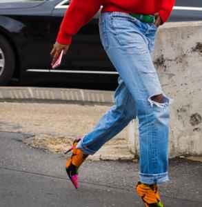 針織衫怎么搭配鞋子 貫徹優雅甜美女性魅力
