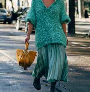 針織衫配什么裙子 亮色甜美優雅就要隨心所欲