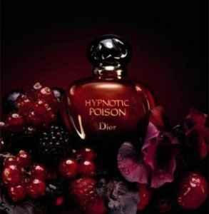 迪奧紅毒的味道 據說是重口味香水