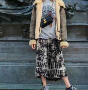 胖人冬天怎么穿裙子 时尚随性不仅仅是显瘦