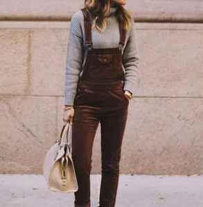 灯芯绒背带裤如何搭配 乘坐时光机穿越回学生时代