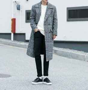男士格纹大衣怎么搭配 这么穿才有范