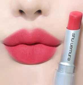 植村秀无色限哑光唇膏BG955是什么颜色 超显白玫瑰粉