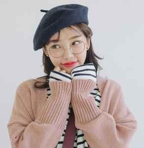毛衣怎么配贝雷帽 毛绒绒的温暖又要复古独特