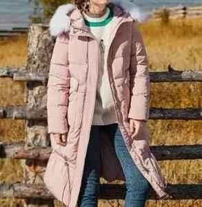 浅色羽绒服怎么搭配 明亮的冬季时尚靓影