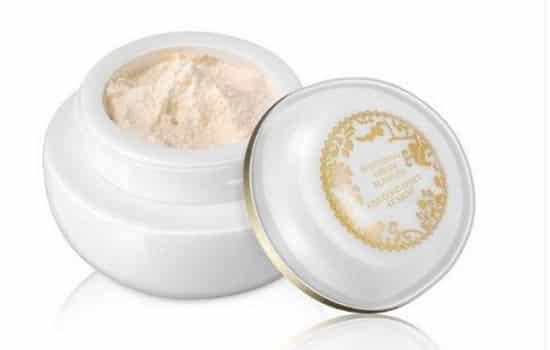 贵妇膏使用方法 可以作为面霜底妆