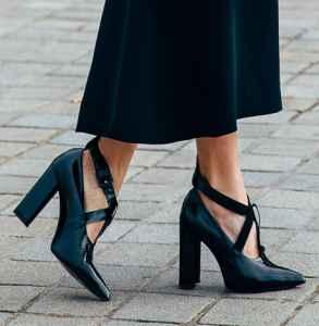 黑色鞋子怎么搭配 复古帅气都能满足