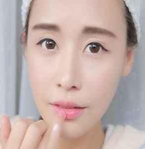 一字眉适合什么脸型 化对眉毛才会更洋气