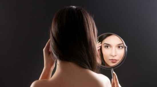 春天脸上的斑就严重,脸上色斑越来越多,脸上的斑越来越多了怎么办