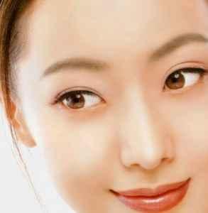 化妆怎么遮盖眼袋 教你这七个小技巧