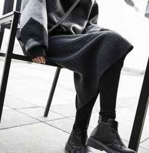 灰色打底襪怎么搭配 初春就應該這么穿