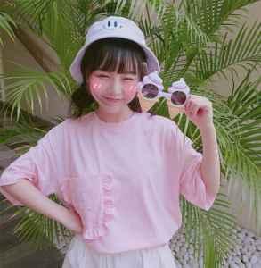 粉色短袖配什么裤子 这样穿也太甜了吧