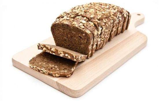 全麦面包为什么能减肥 全麦面包热量高吗
