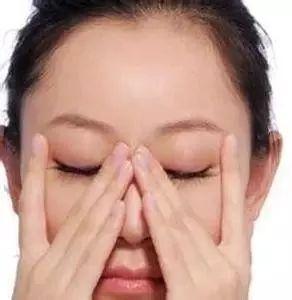 去眼袋的有效方法 怎么快速去眼袋好