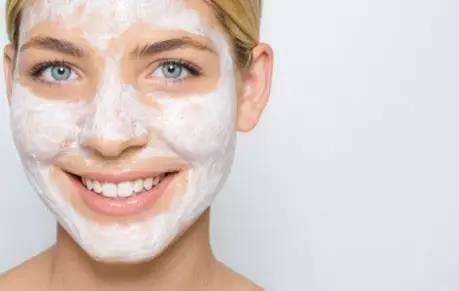 毛孔粗大的原因 为了你的好皮肤赶紧改掉这些坏习惯