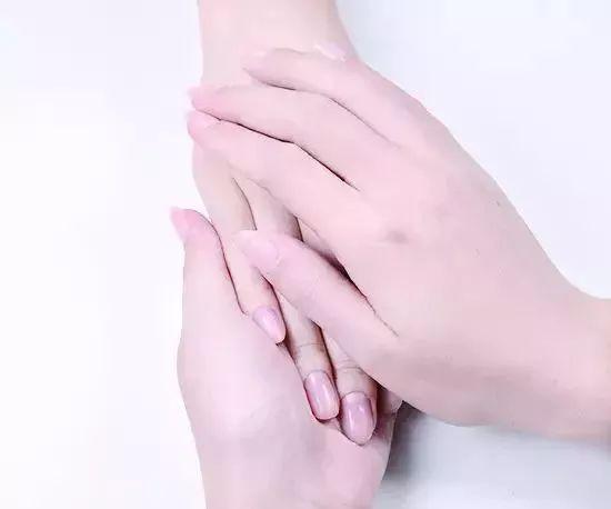 手部护理步骤 秋冬怎么做手部护理?