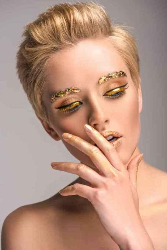 甘油可以直接擦脸吗,甘油可以直接涂在脸上吗,甘油能直接擦脸吗