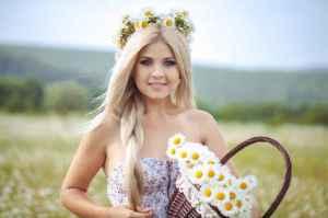 印花连衣裙怎么搭配 印花裙图片就要这样穿