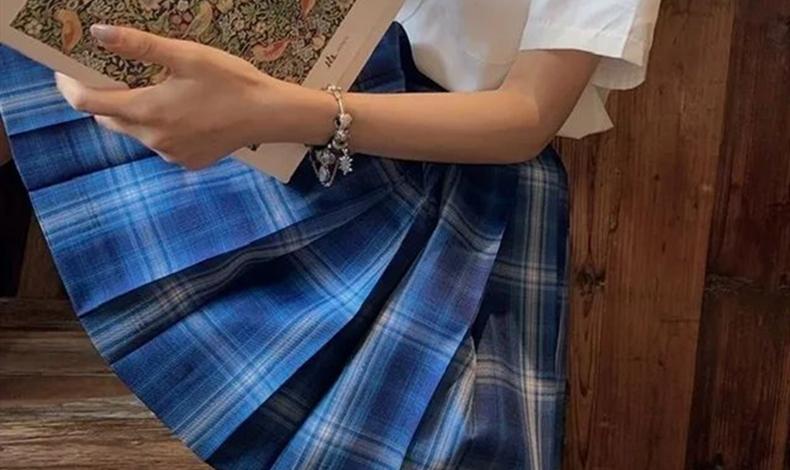 jk和百褶裙有什么區別