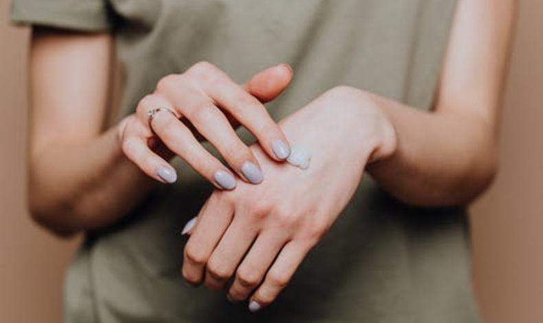 護手霜多久吸收 應該擠到手心還是手背