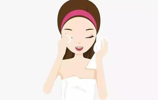 【美天棋牌】涂完水乳黏黏的正常吗 涂乳液脸上粘粘的怎么办