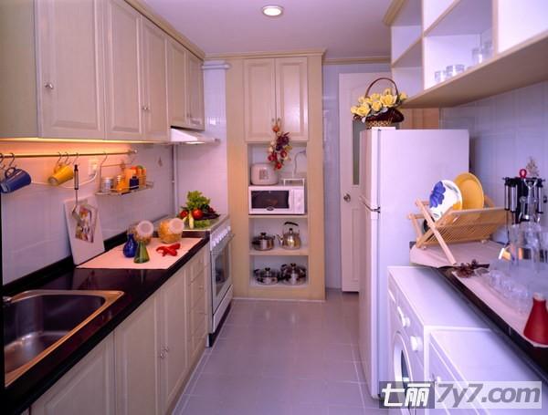【家居装修设计专业】2012时尚家居装修设计 打造温馨小厨房
