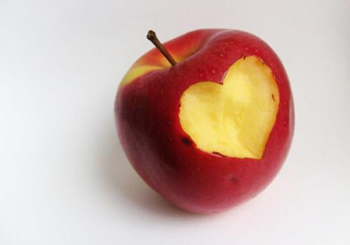 冬季保养展现美白肌肤 超实用DIY水果面膜