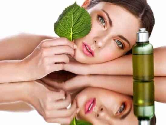 天然美容产品椰子油的多种用途