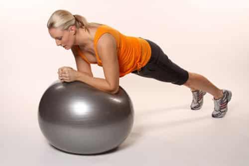 [怎么瘦肚子和腰上赘肉]怎么瘦肚子 塑腹运动告别小肚腩