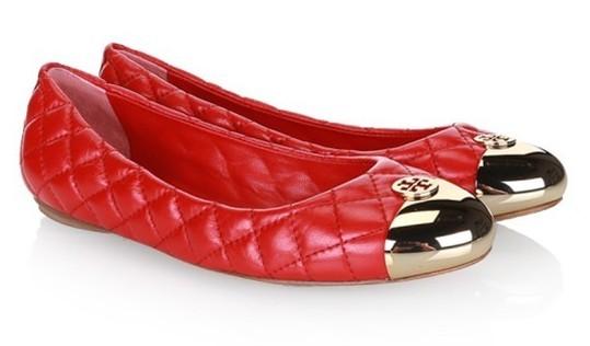 乐清上班族_上班族首选 2013新款时尚女性平底单鞋推荐