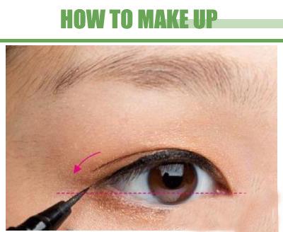 超HOT画眼线的技巧图解 教你内双怎么画眼线变无辜大眼妆