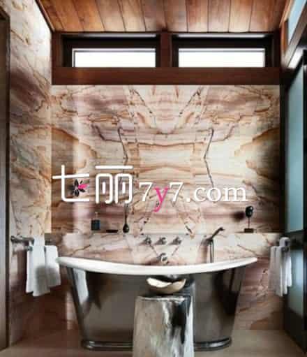 童话小木屋漫画图片 童话小木屋浴室装修设计 洗澡更舒适