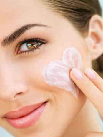 <爱美>脂肪粒怎么温和去除 内调外养全面眼周护理