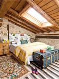 创意阁楼装修效果图 设计成卧室带来不一样的生活体验