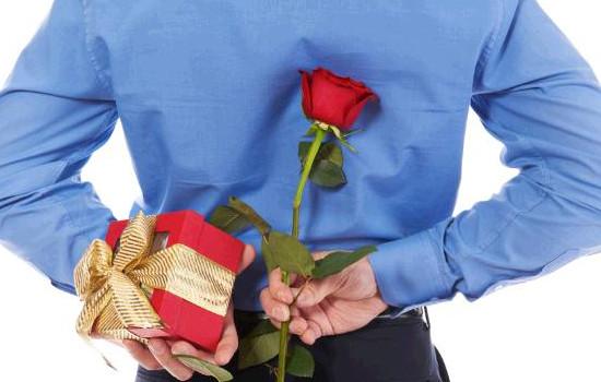 <b>男人暗恋女人的表现 9大表现揭秘男人暗恋女人</b>