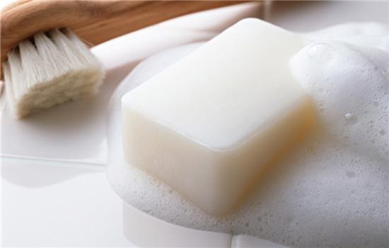 冬天如何保护皮肤 注意这些让你的皮肤水润过冬