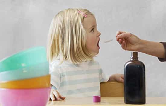"""小孩咳嗽老不好怎么办 父母应细致利用这""""四招"""""""