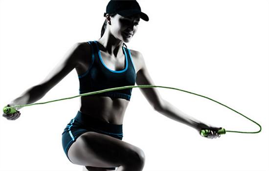 跳绳小腿会变粗吗 ?掌握简单一招跳绳不粗腿,跳绳会使小腿变粗吗