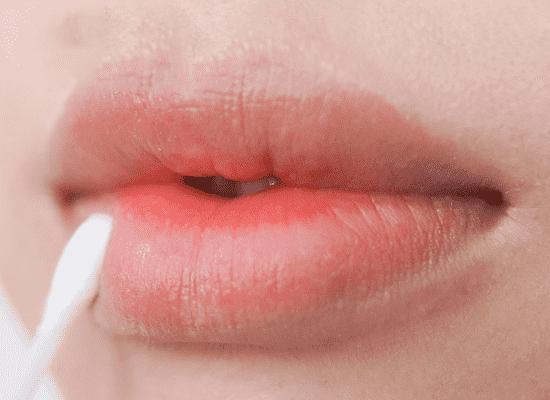 口红的正确涂法 完美唇妆六部曲