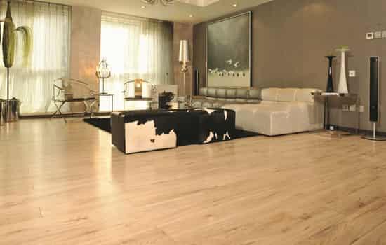 圣象地板和德尔地板那个好|圣象地板和德尔地板哪个好 简单比较两者差别