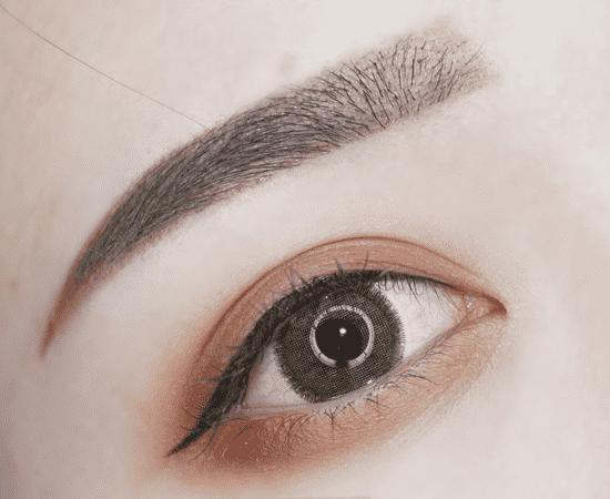 秋冬深邃眼妆教程 chanel秋冬新品打造貌美眼妆